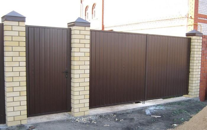 Ворота и калитка из профлиста