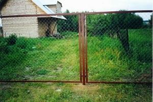 Ограда из сетки