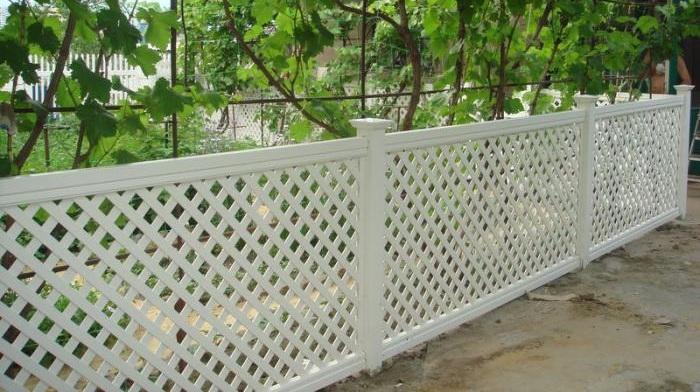 Забор решетка из ПВХ