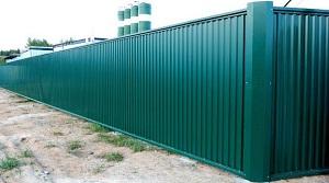Ограды из профнастила