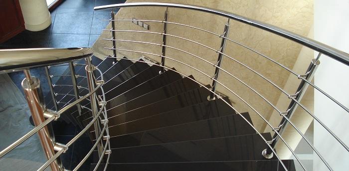 использование на лестнице